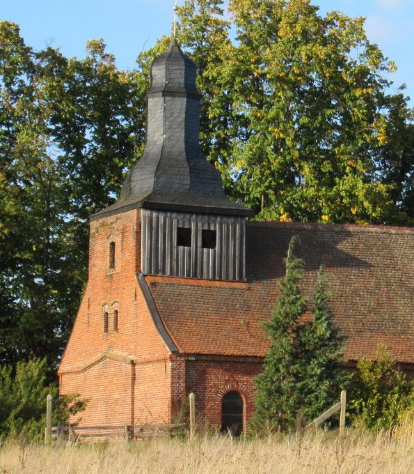 Dorfkirche Landin (Brandenburg). 2018 von der KiBa gefördert