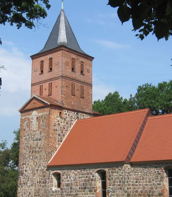 Dorfkirche Rogäsen